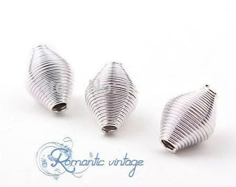 5 silver metal beads streaked light 13mm
