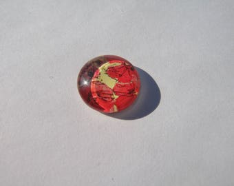 Cabochon 14 mm round domed with a red poppy pattern