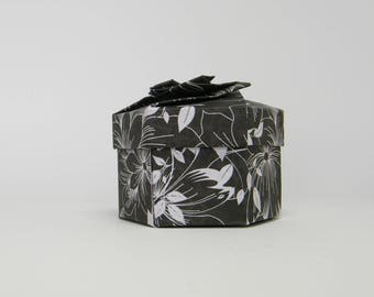 "Origami box, hexagonal, black ""flowers"""