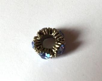 P ERLE blue stones