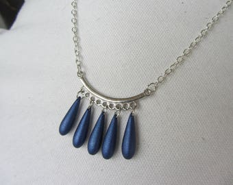 drop charm Pendant Necklace blue iridescent and silver chain, elegant and sober, blue and silver necklace