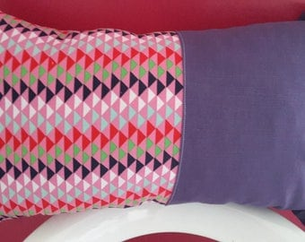 Cushion cover 50 x 30 cm pink and plum. geometric patterns
