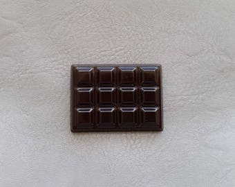 """""""The delicacies"""" resin magnets dark chocolate bar"""