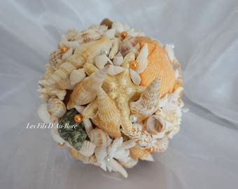 Bouquet VAHIANA with shell and pearl beads