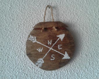 Compass drift wood decoration