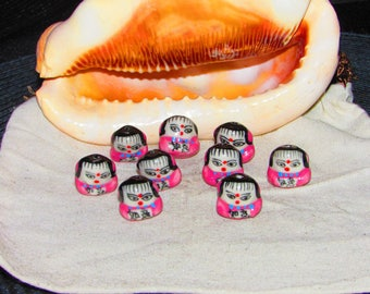 Set of 17 X 15 mm hand painted sumo porcelain bead