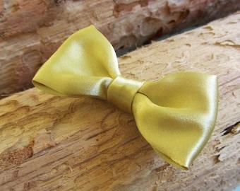 Barrette clip gold bow