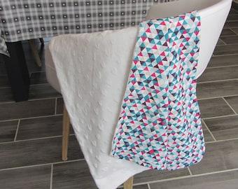 Fuchsia triangles blanket