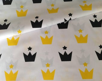 New 100% cotton fabric printed with crowns