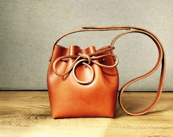Handmade vegetable leather bucket bag