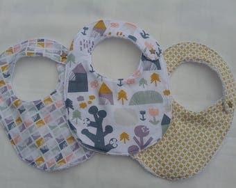 bavoirs bébé esprit scandinave en tissu et éponge blanche fermeture par pression taille 0-6 mois
