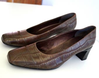 ARA ELEGANCE shoes Womens leather shoes Brown Green pearl color classic shoes  Eur size 39 Leather pumps Genuine leather inside and outside
