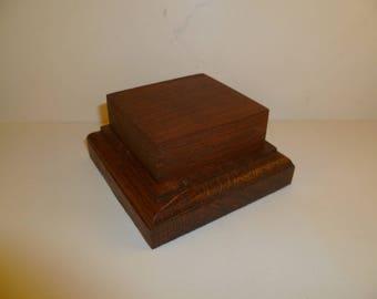 Bottom rectangular made with beech and oak wood base. srbhca1