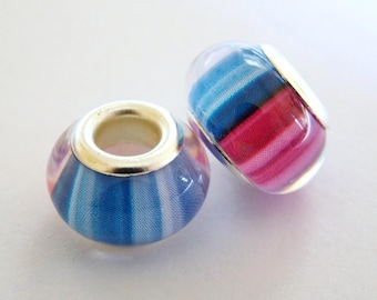 Round charm with resin - blue & Pink Pearl