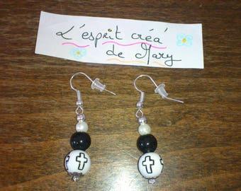Quartet of beads, black cross earrings and white