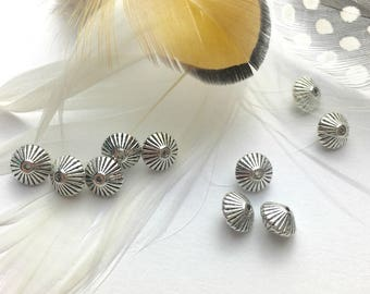 10 metal silver color, form top - 8 mm beads