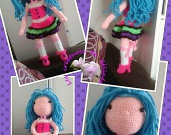 Cookie pretty cheerleader in her dress color. Croc's betty tutorial