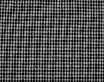 Fabric black and white gingham checkered 1 m x 1.40 m