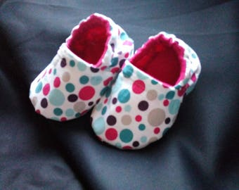 Cute little baby booties lined, handmade