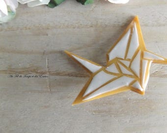 Brooch Crane White and Gold Origami