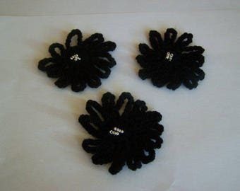 Black Daisy crochet for Scrapbooking