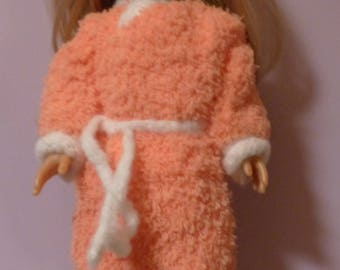 Doll clothes: robe and slippers