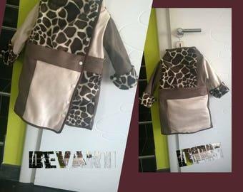 Coats girl 2 years fur beige/Brown giraffe fabric.