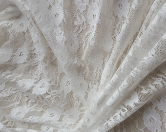 1 meter of lace ecru width 160 cm