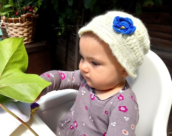 cream crochet baby hat/handmade beautiful sweety hat for baby girl with a blue flower /lovely touch/ready to ship/