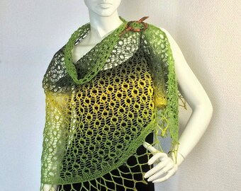 """lace shawl rounded """"Spring meadow"""""""