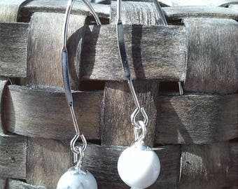 Romantic earrings, Howlite bead