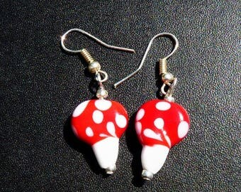 Red and white mushroom earrings