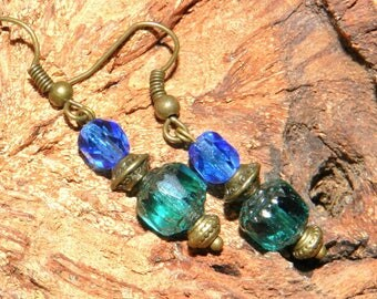 Bohemian style earrings emerald green and blue