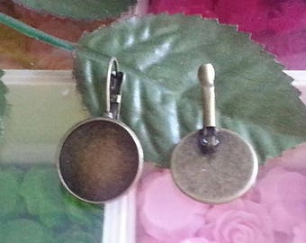 Top: 18 mm, 1 stand for earings, circle brass lever back earring, bronze antique, 20 x 32