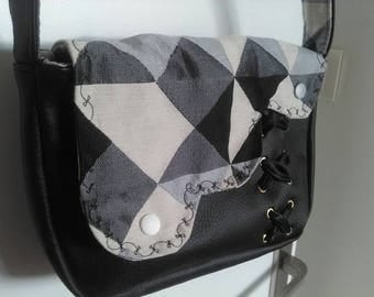 "small ""Mini Sam"" black faux leather shoulder bag"