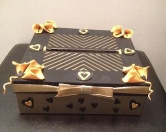 Black & gold wedding urn