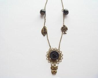 Bronze Pearl pendant necklace black