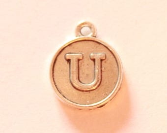 Silver metal charm, letter U, about 15 * 12 * 2 mm
