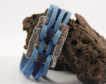 Bracelet 2 Suede Blue and Navy clasp crab claw clasp