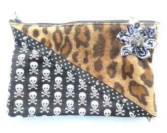 Pocket rock n roll punk skull leopard skull with flower spikes