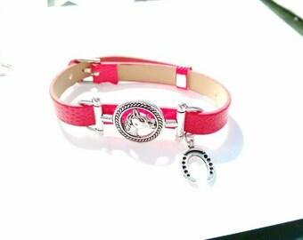 A very nice horse (Vegan) bracelet with lucky Horseshoe charm