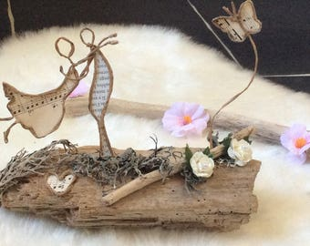 couple in love on Driftwood romantic decoration