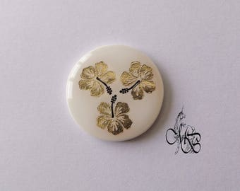 """Round cabochon 30 mm flat resin application Golden """"Hibiscus"""""""