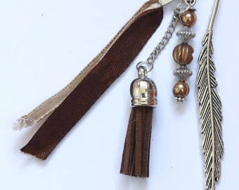 Bookmarks stylized leaf, chestnut colored satin ribbons, suede, beads and cabochon tassel