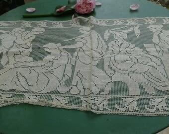Old lace doily, old lace embroidry antique decors, downton abbey, vintage, antique doily doily Augustinian