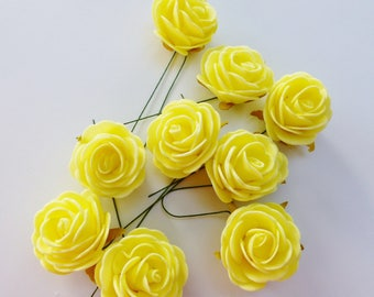 9 roses on stem painted in yellow dimension 4 cm