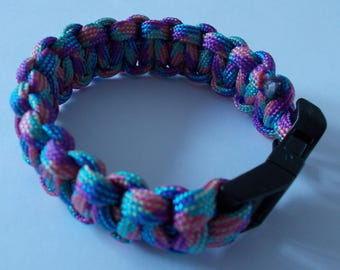 For woman or teen Paracord Bracelet
