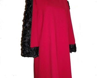 Ruby Red Sheath With Roses