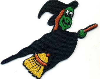 Fusible witch badge embroidered or sew on Patch Applique