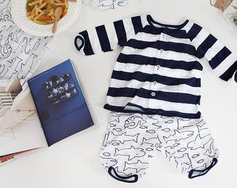 Shark striped Cotton single baby jersey fabric / BY HALF YARD / stretch / stripe / sharks / nautical / sea life HJ02+